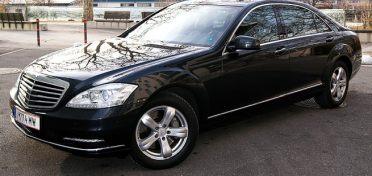 Hier sehen Sie unseren Mercedes von Diamond Limousine Service GmbH aus Tirol - Vip-Limousinenservice - Hotellerie